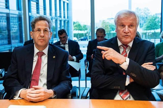 Verfassungsschutzchef Maaßen wird ins Innenministerium versetzt