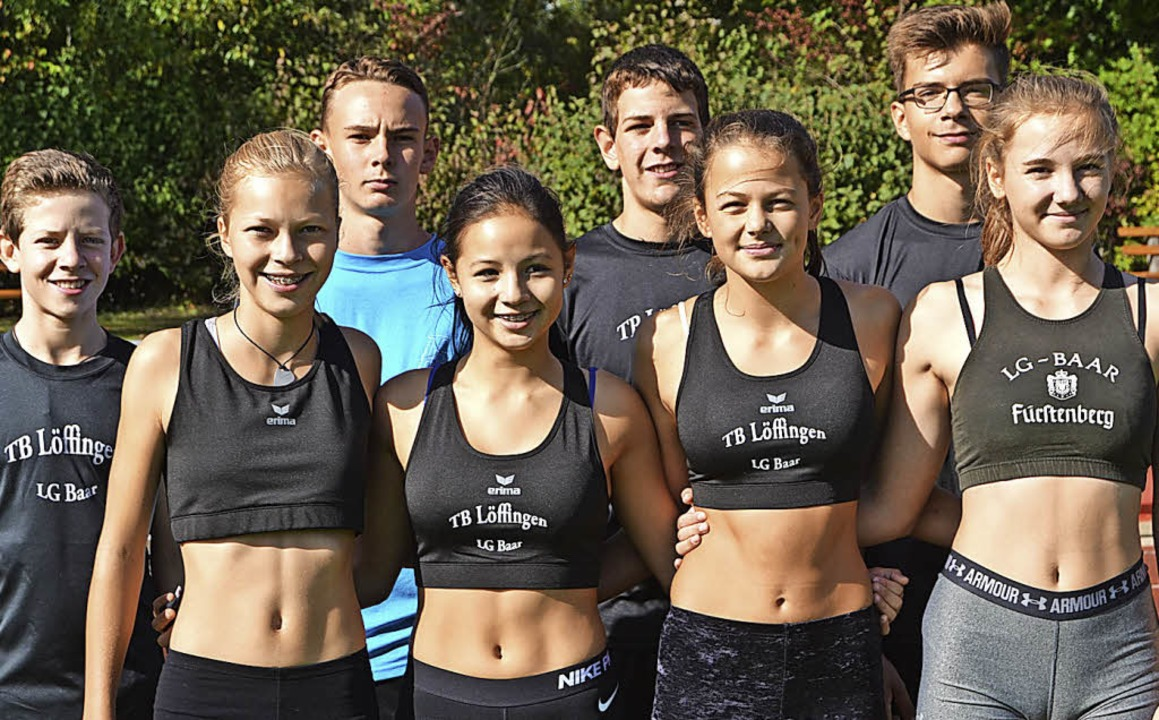 Staffelsieger: Die Mädchen und Jungen ... die Staffelrennen über 4x100 Meter.      Foto: junkel