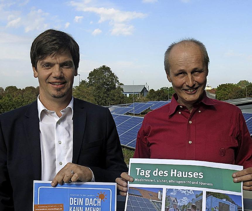Die Emmendinger Klimaschutzmanager Phi... (Landkreis) und Armin Bobsien (Stadt)  | Foto: Georg Voß