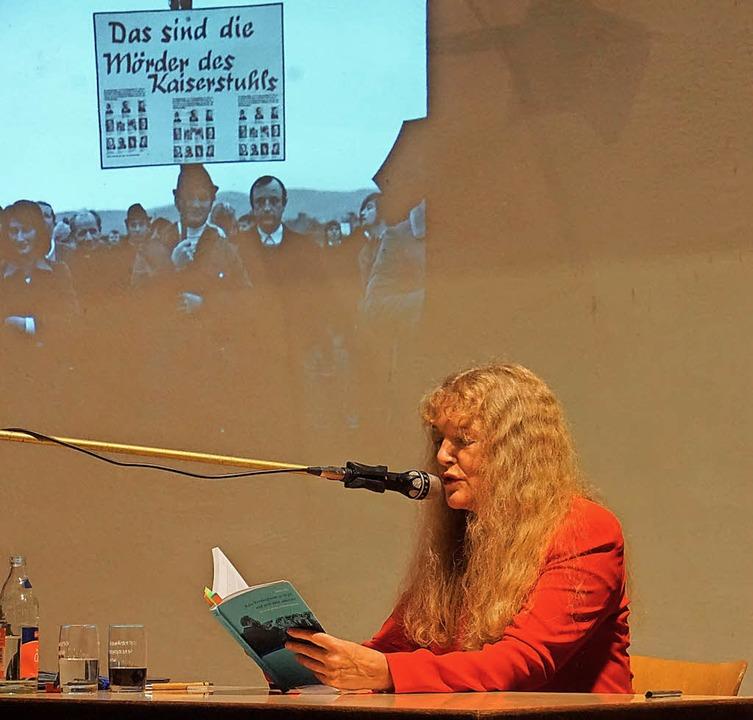 Buchvorstellung in der Wyhler Scheune:... Einladung des Heimatvereins Wyhl vor.  | Foto: Ilona Hüge