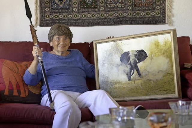 Warum die heute 90-jährige Brigitte Jarvis einst von einem Elefanten bedroht wurde