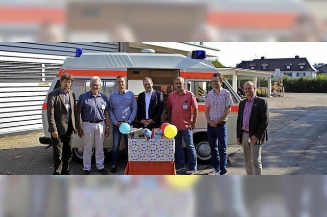 BASF spendet Krankenwagen
