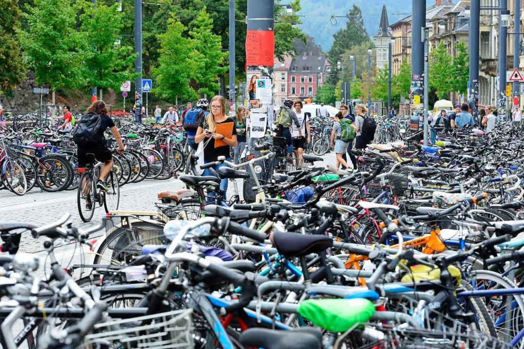 Abstellplätze für Fahrräder werden dringend gebraucht.  | Foto: Ingo Schneider