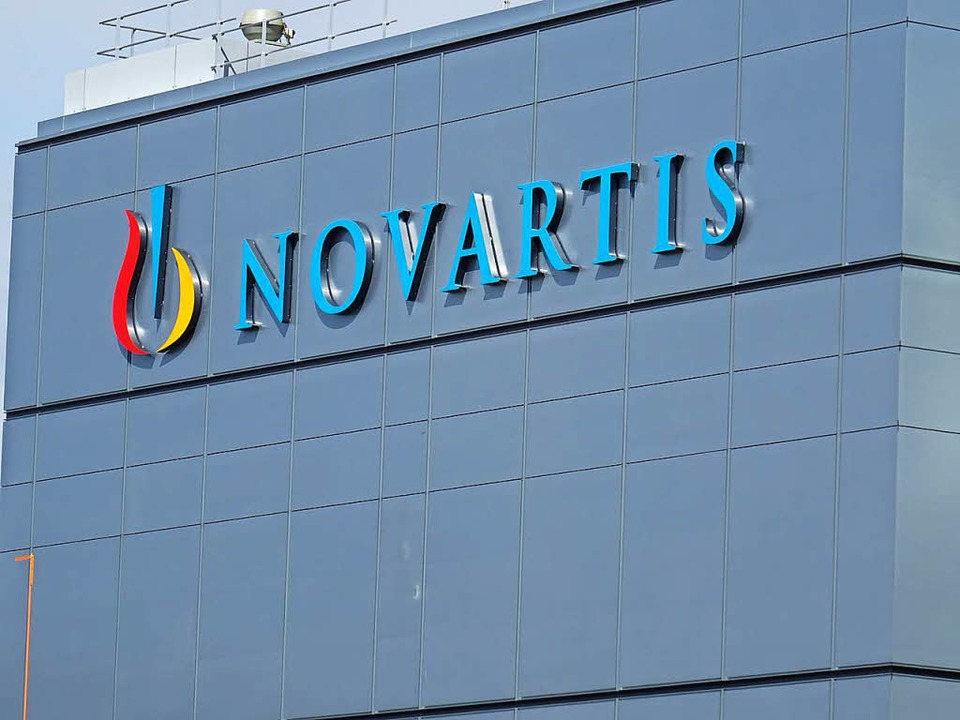 Der markante Novartis-Turm bei Basel.    Foto: Felix Held