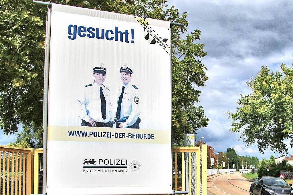 wie die baden wrttembergische polizei personalnot bekmpfen will sdwest badische zeitung - Polizei Baden Wurttemberg Bewerbung