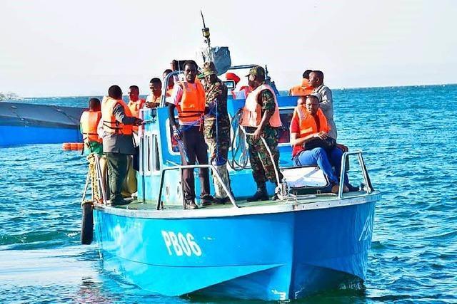 Mindestens 131 Tote bei Fährunglück auf dem Victoriasee