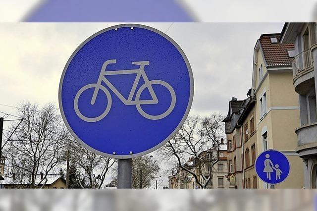 Amt entfernt blaue Fahrradschilder