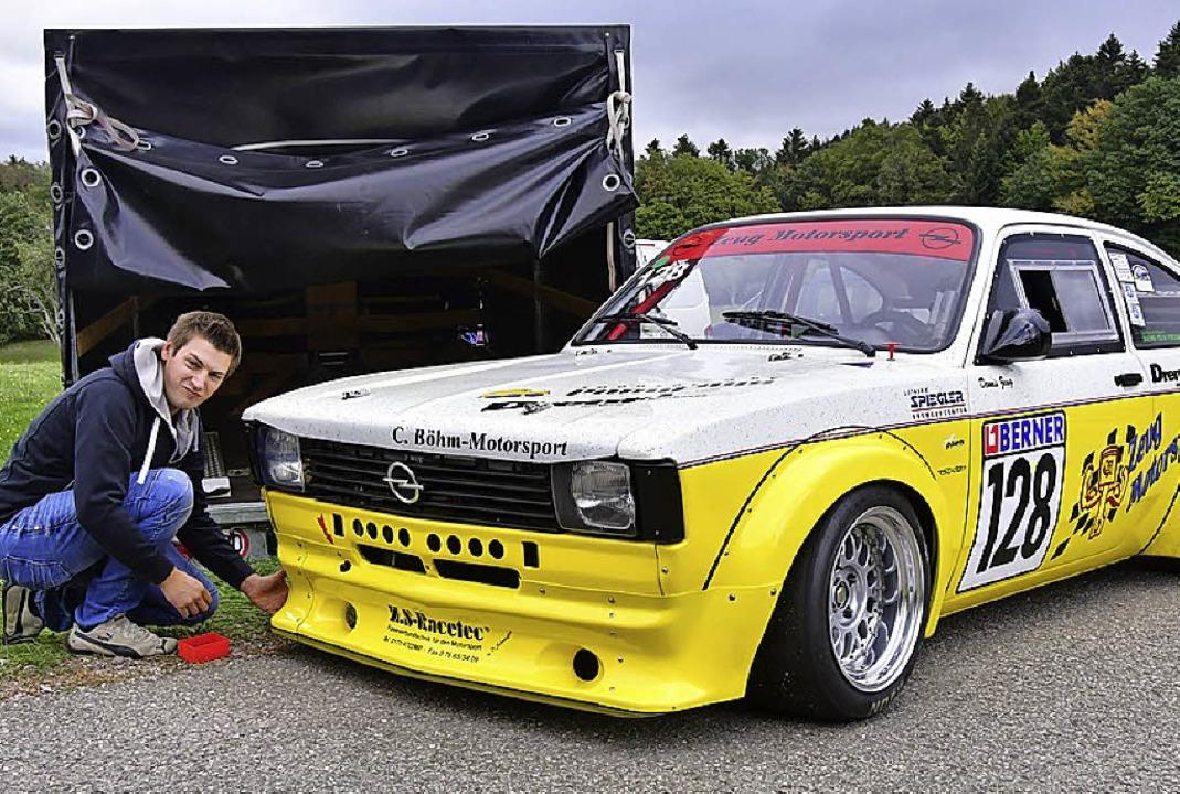 Gesamtsieger Dennis Zeug mit seinem Opel Kadett Coupé  | Foto: Dieter Erggelet