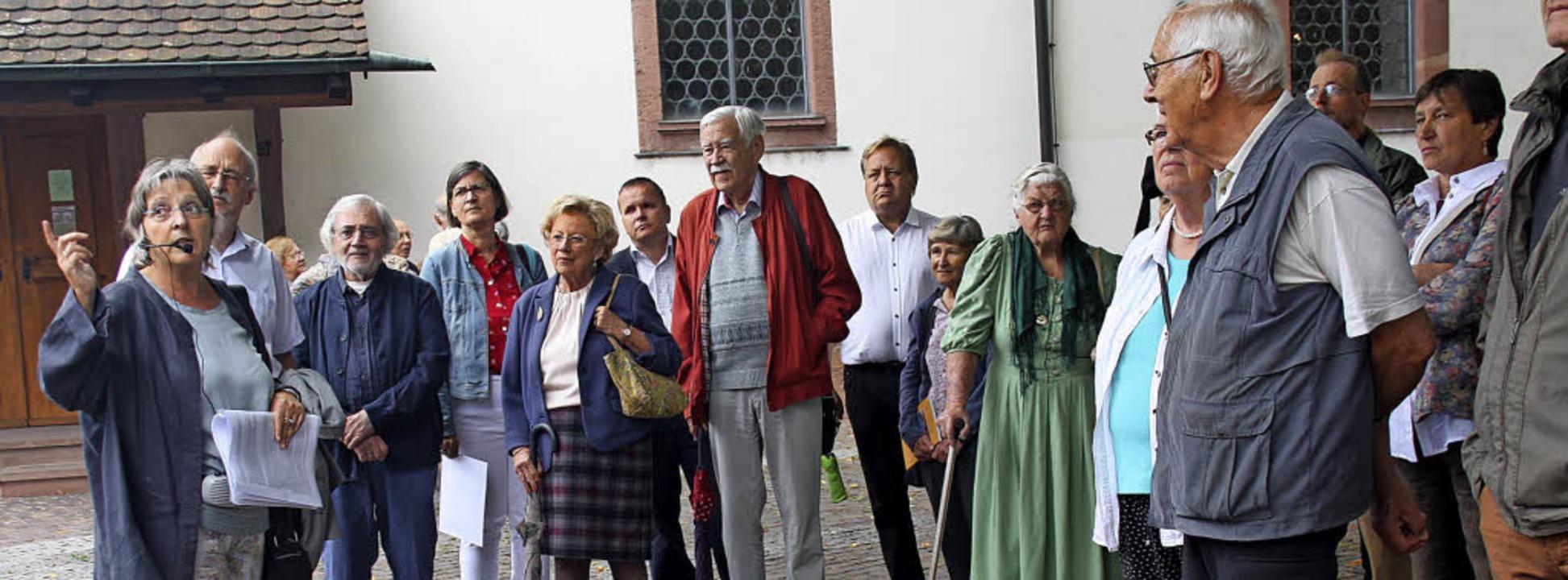 Monika Merstetter (links) zeigte den T...el und  Fecht sich in Altweil trafen.   | Foto: Siemann