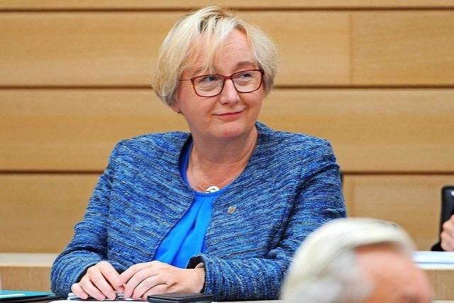 Theresia Bauer (Grüne) bleibt Wissenschaftsministerin – trotz der Vorwürfe in der Zulagenaffäre