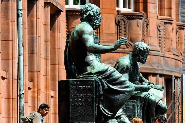 Uni Freiburg behält ihre beiden Exzellenzcluster