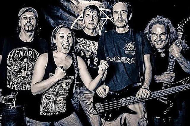 Die Bands Ephemera's Party und We lost Track stehen am Samstag, 29. September, bei der Metal Nacht in Hausen auf der Bühne