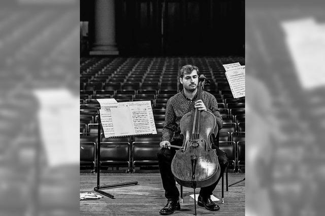 Stuttgarter Symphoniker mit Cellist Stefan Hadjiev im Parktheater Lahr