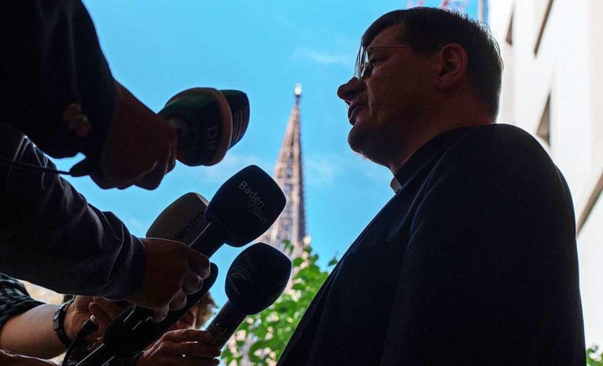Erzbischof Stephan Burger hat Konseque...aus der Missbrauchsstudie angekündigt.  | Foto: dpa