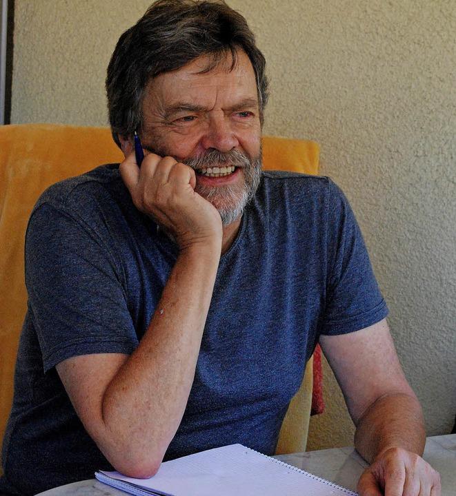 Thomas Erle bei der Arbeit an der Wächter-Trilogie   | Foto: Sylvia-Karina Jahn