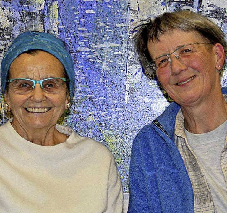 Erika Buhr (links) und Marianne Höldin... bei ihrem Theaterstück am Doppelmord.    Foto: Andreas Böhm