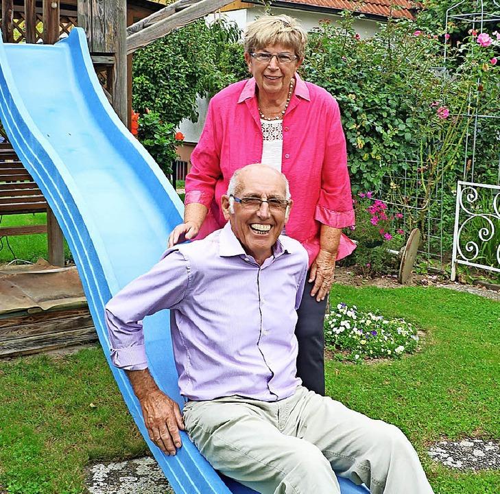 Auch nach 50 Jahren Ehe noch fit: Hans und Waltraud Schöberl.     Foto: Christa Rinklin