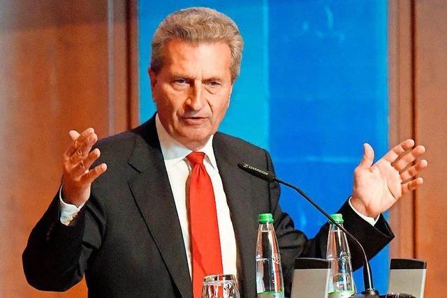 Oettinger bezeichnet Angela Merkel als