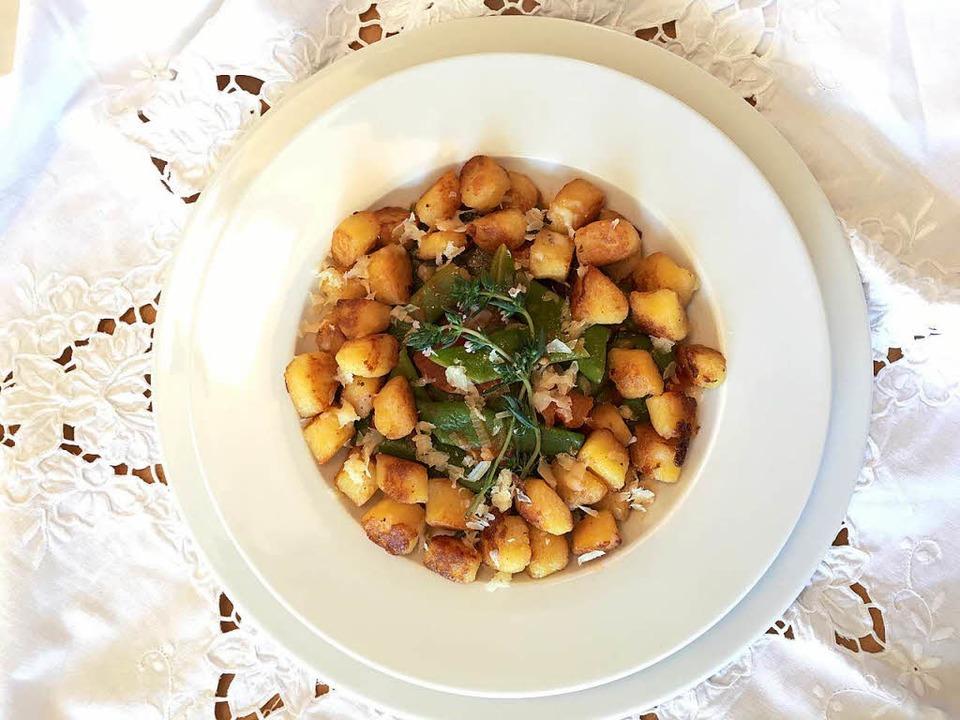 Selbstgemachte Gnocchi mit Bohnengemüse  | Foto: stechl