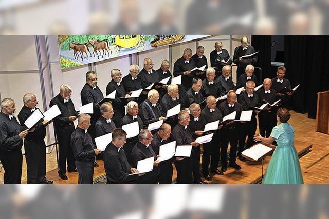 31 Männer geben stimmgewaltig Opern wieder