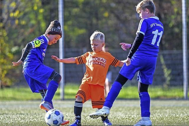 Jugendfußballer legen wieder los