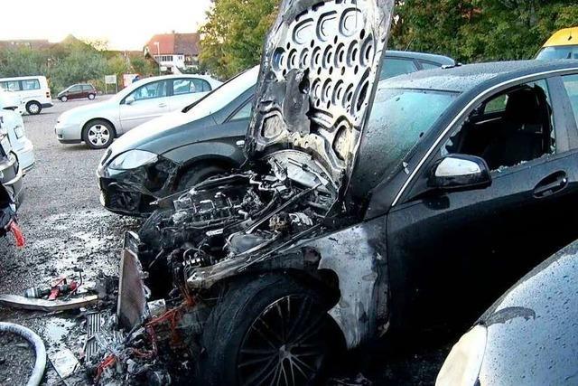 40 brennende Autos in einem Jahr: Ist es ein Serientäter?