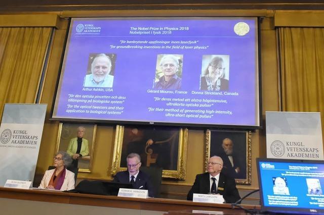 Physik-Nobelpreis für drei Laserphysiker für die Entwicklung optischer Werkzeuge