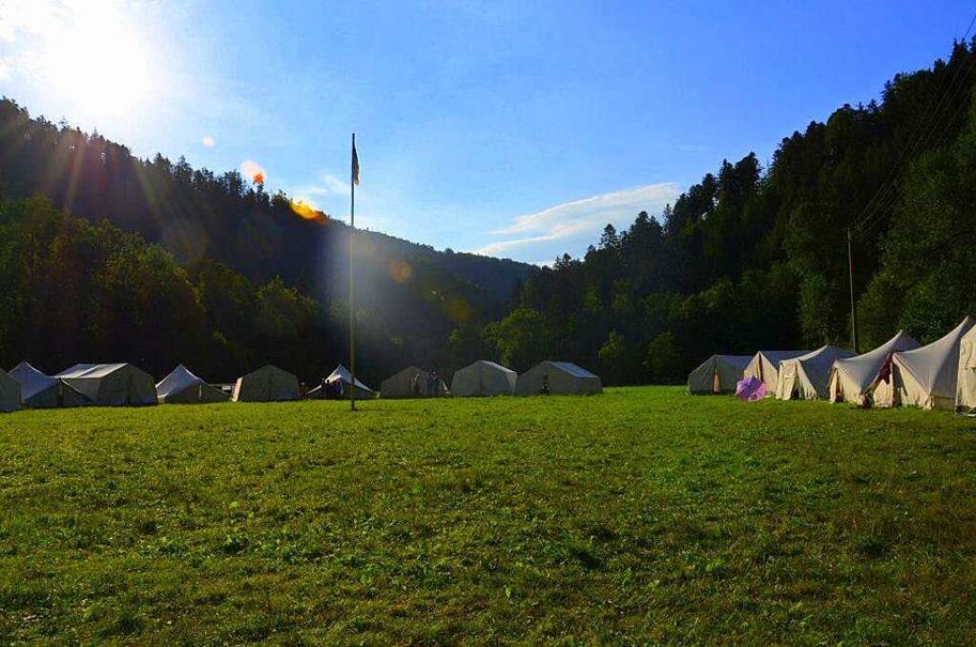 So idyllisch können  die Zeltlager in der Leinegger Heide aussehen.   | Foto: Privat