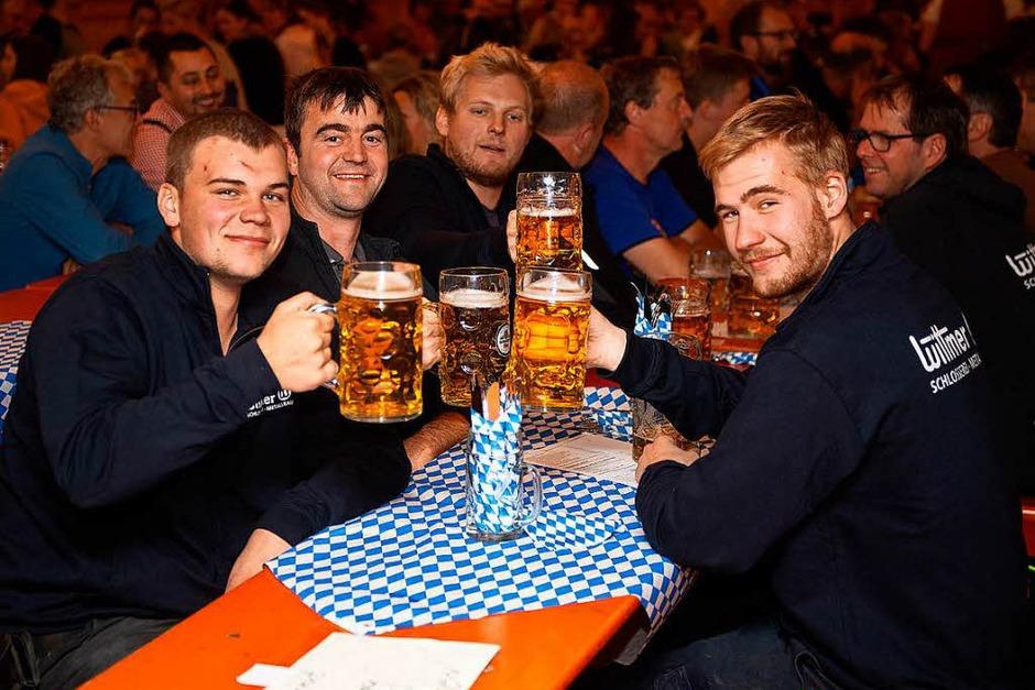 Party pur beim Oktoberfest in Lenzkirch. (Foto: Wolfgang Scheu)