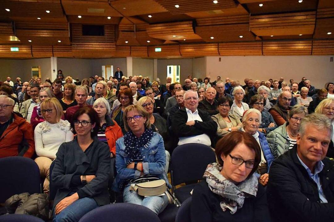 Das Interesse an der Bürgermeisterwahl in Schopfheim ist groß.  | Foto: Stefan Ammann
