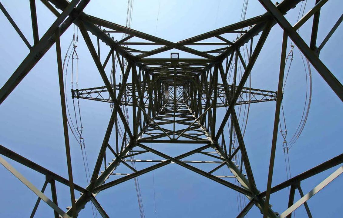 Für Strom in Titisee-Neustadt sorgt zukünftig die EVTN.  | Foto: dpa