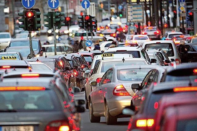 EU-Parlament will CO<sub>2</sub>-Grenzwerte für Neuwagen verschärfen