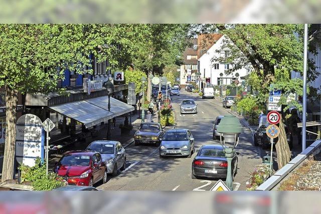 Klage über Wegfall von Parkplätzen