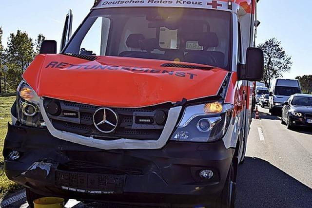 Rettungswagen bremst zu spät