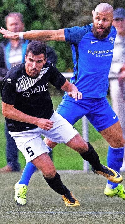 Kann er spielen? Dominic D'Antin...m  Kellerduell gegen den SC Markdorf.   | Foto: W. scheu
