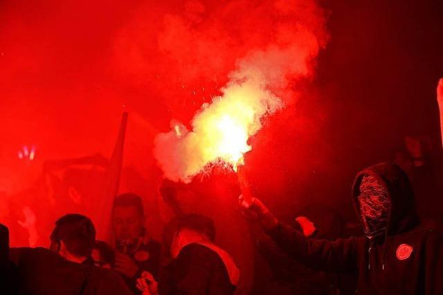 27 Festnahmen am Rande eines Fußballspiels in Frankfurt
