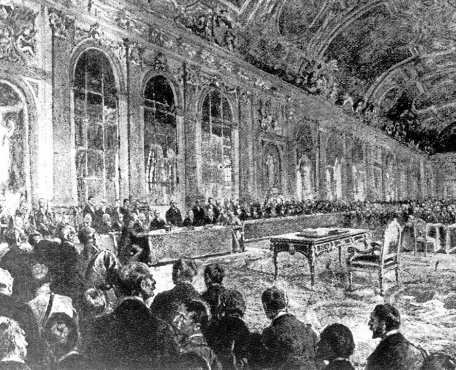 28. Juni 1919 in Versailles: Archivbil... Deutschen Reich unterzeichnet wurde.   | Foto:  DPA