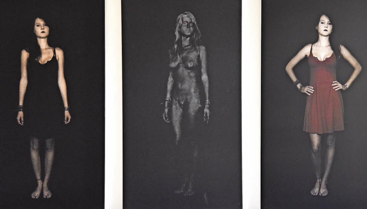 Gleich und doch so verschieden - Wolfgang Langenkamps Triptychon    Foto: Markus Zimmermann