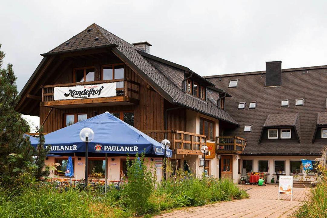 Der Berggasthof Kandelhof hat täglich durchgehend warme Küche.  | Foto: Gabriele Zahn