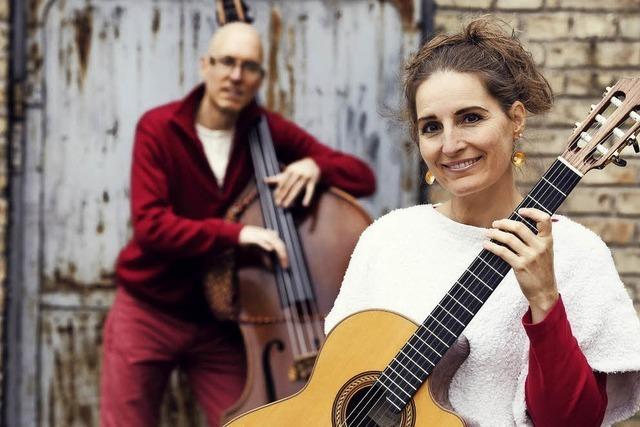 Synergy Duo Susan & Martin Weinert am 12. Oktober im Schlosskeller in Tiengen. Anlässlich des Gitarrenfestivals