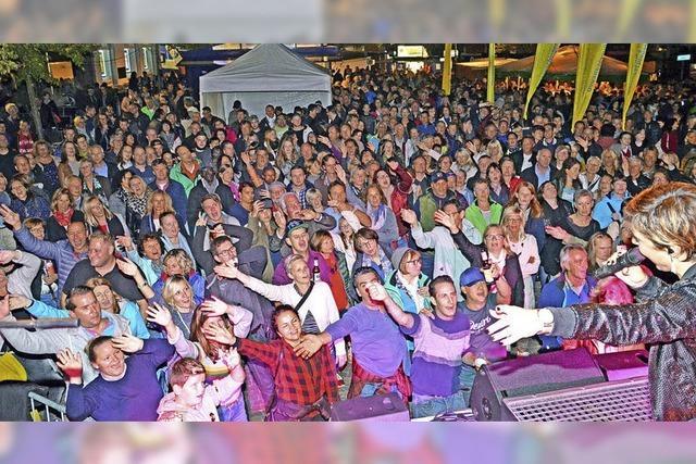 Tausende Baaremer feiern