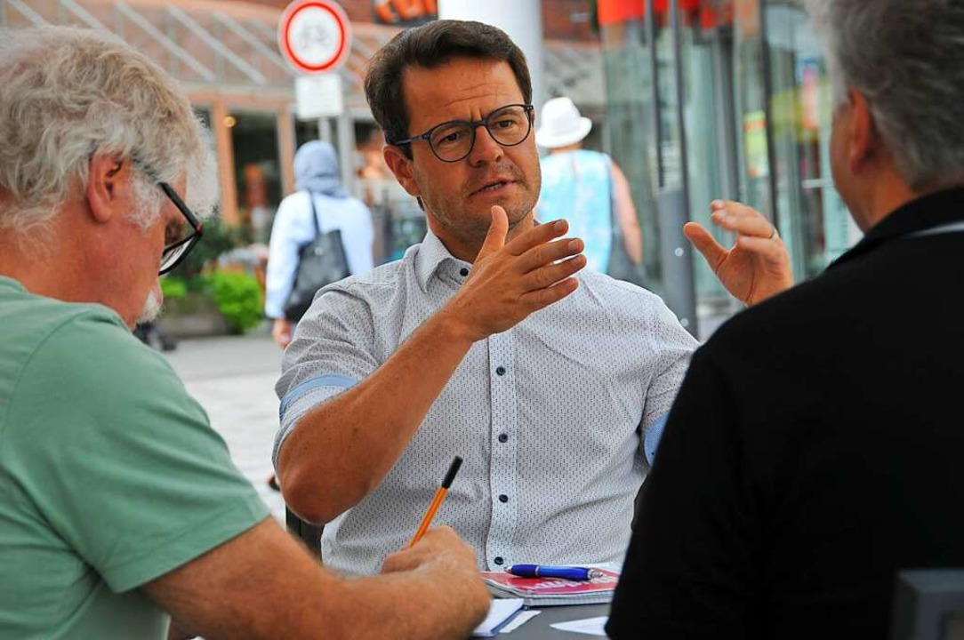 OB-Kandidat Marco Steffens sieht für Offenburg großes Potenzial.  | Foto: Helmut Seller