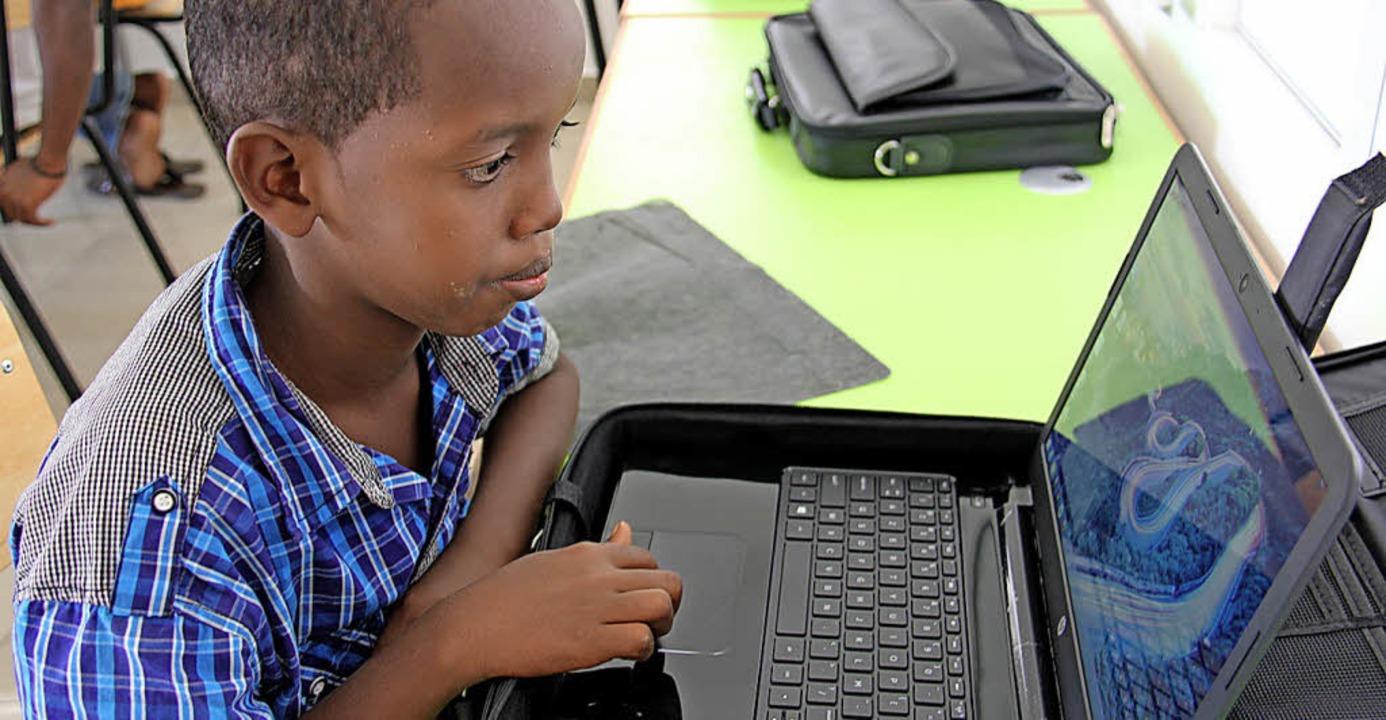 Steuer auf soziale Medien: In Afrika droht verstärkt  die Zahlzensur   | Foto: dpa