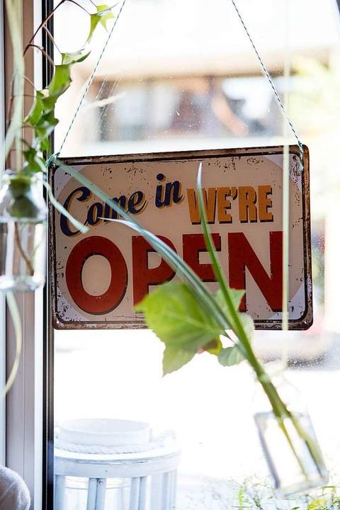 Die Öffnungszeiten finden Sie übrigens...gen Adressliste unserer Genussprofis.   | Foto: Joss Andres
