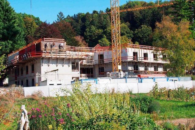 Friedrich-Husemann-Klinik in Buchenbach feiert Richtfest