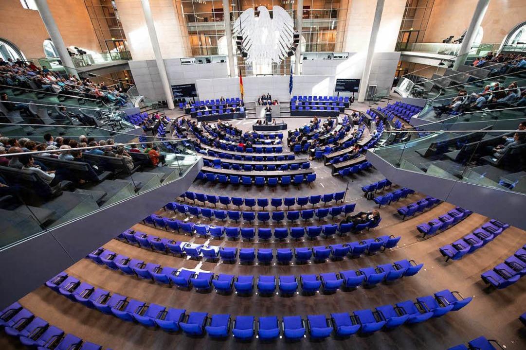 Plenarsaal des Bundestags  | Foto: dpa