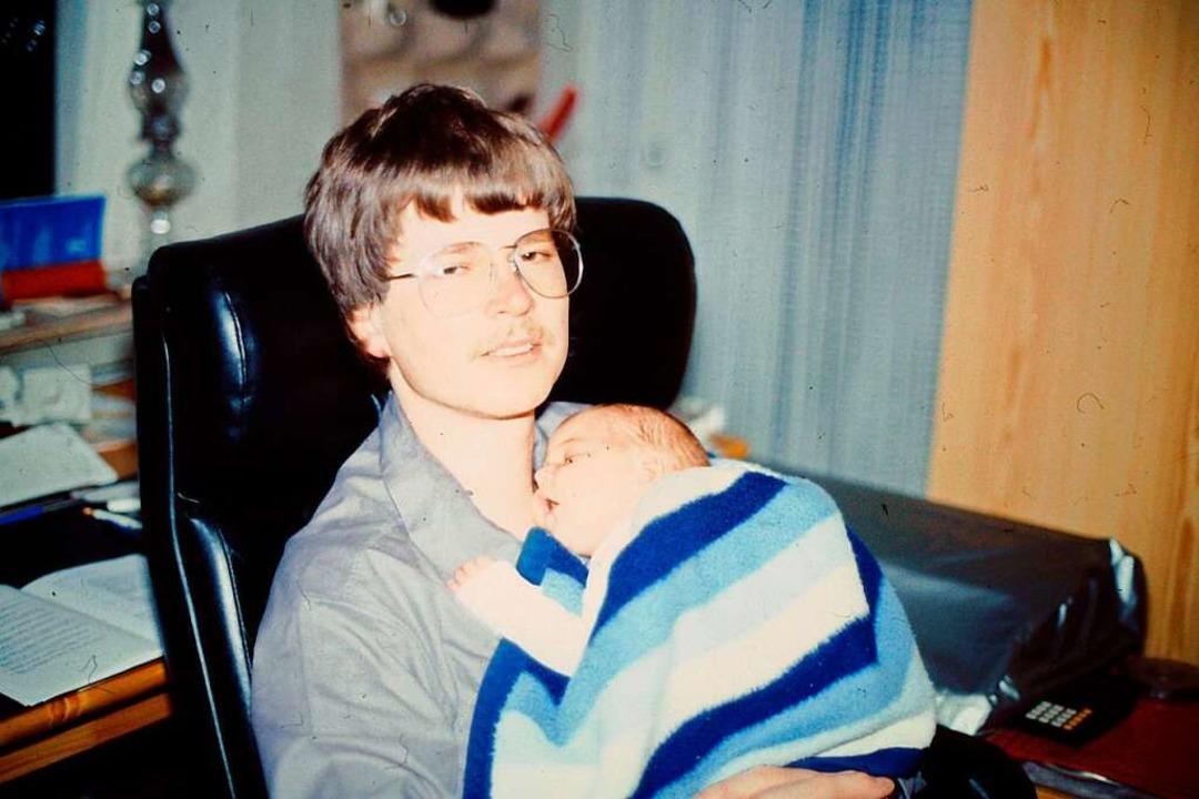 Müder  junge Vater und wissenschaftlicher Assistent    Foto: privat