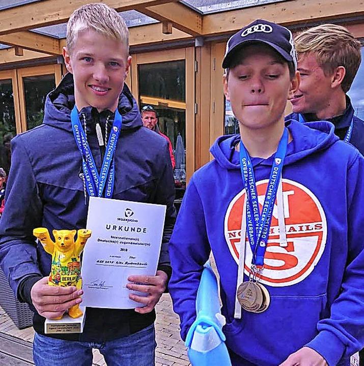 Stolz: Moritz Dorau (rechts) und sein ...kenbauch sind Deutsche Jugendmeister.   | Foto: bz