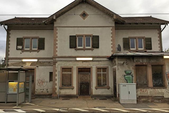 Bahn: Gebäude