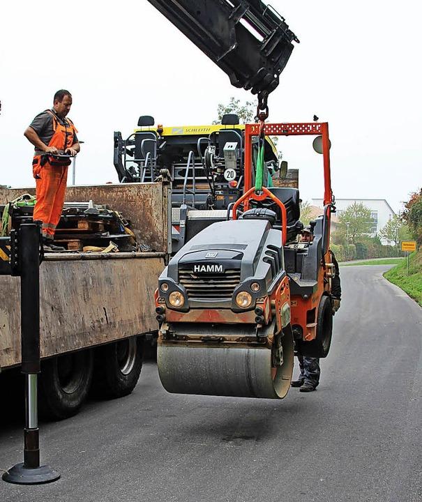 Eine Walze wird  wieder aufgeladen.    Foto: Mario Schöneberg